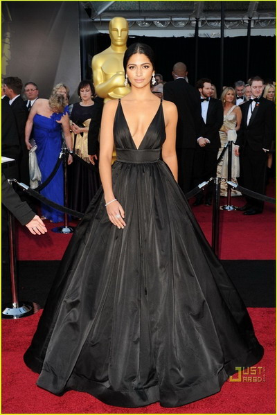 King Kardashian Black A-Line V-Neck Full-Length Taffeta Prom Dress on the Red Carpet