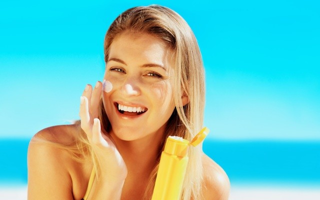 Women Are Finally Starting to Pay Attention to the Dangers of Tanning - Beauty High