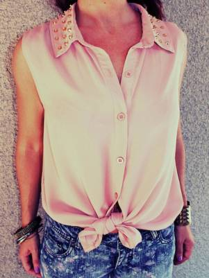 studded collar lizzie blouse