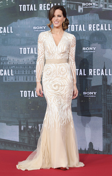 Kate Beckinsale in Naeem Khan at the Total Recall Berlin Premiere | Fashion