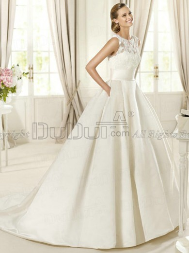 Stretch Satin Round Brought Zipper Sweep Lace Pockets Wedding Dresses