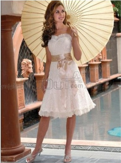 Free Shipping A-Line Short Wedding Dress With Lace Appliques Sash