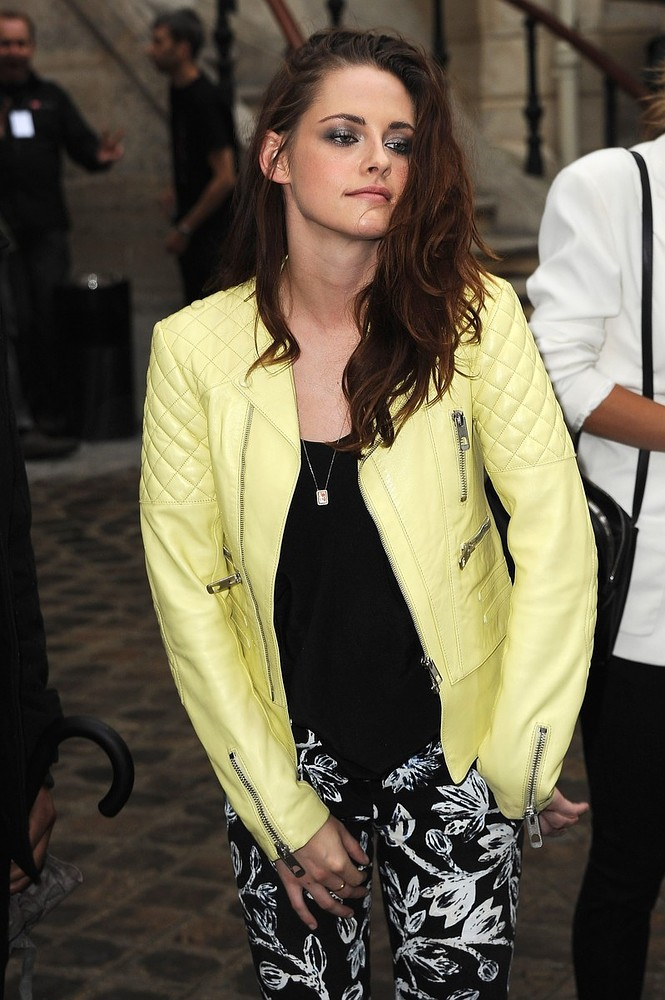 """Trampire"" Kristen Stewart Looks Delightfully Disheveled at the Balenciaga Show"