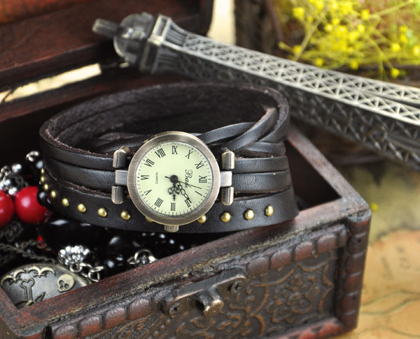 Fashion Handmade Brown Wrap Leather Strap Watch