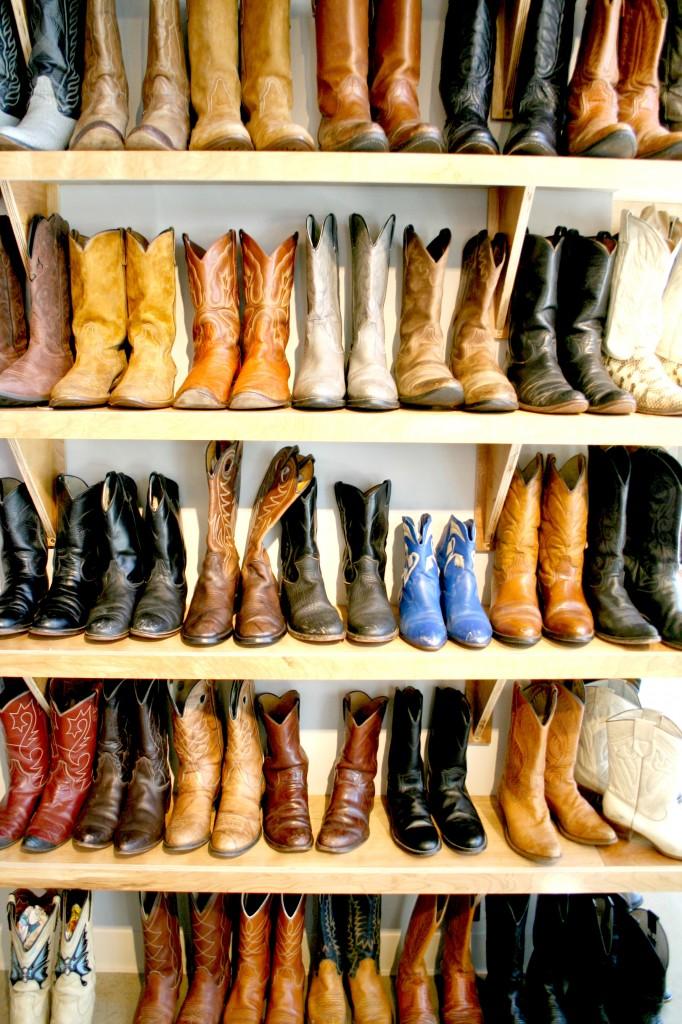 Vintage Boots - the sTORIbook