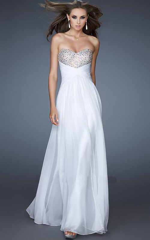 Image Source: lafemmedressesforhomecoming.com )