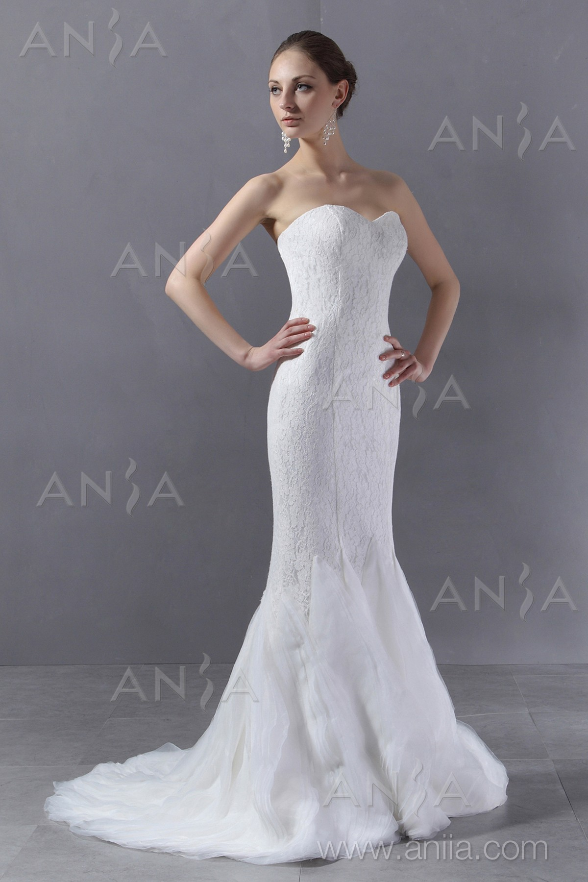 trumpet mermaid ivory sweep brush train strapless stylecaster